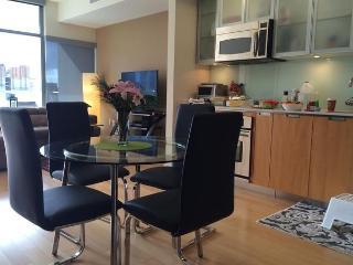 Beautiful 1 BD in Gaslamp(ALTA-805) - San Diego vacation rentals