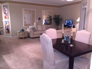 Chic, cozy condo close to the beach - Clearwater vacation rentals