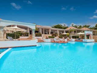 Mariposa, Sleeps 4 - Terres Basses vacation rentals