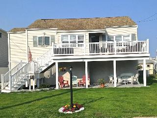 NEWLY RENOVATED - CHARMING, BRIGHT & AIRY BEACH  HOUSE - Brigantine vacation rentals
