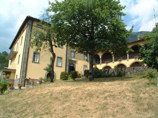 Casa Gianfrati, LE APUANE - Forte Dei Marmi vacation rentals