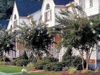 The Historic Powhatan Resort, 2-BR, Sleeps 6 - Williamsburg vacation rentals