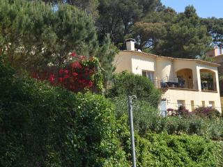 Peaceful Location. Walking Distance to Beach - Begur vacation rentals