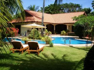 COCONUT  BAY VILLA - Nai Harn vacation rentals