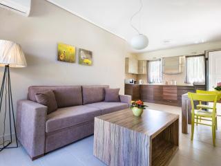 Eucalyptus Apartments - Magnolia - Sami vacation rentals