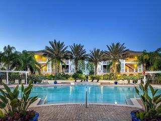 Beautiful Tampa Bay Vacation Condo Pool Side - Tampa vacation rentals