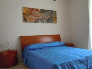 GARGANO Casa 'BLUestate' MARE - SOLE - NATURA - TR - Mattinata vacation rentals