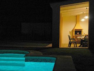 Modern family villa with private pool & garden. - Chiclana de la Frontera vacation rentals