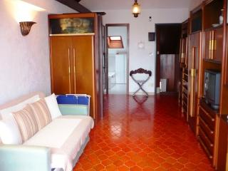 LOVELY LOFT WITH SEA VIEW TERRACE - Imperia vacation rentals