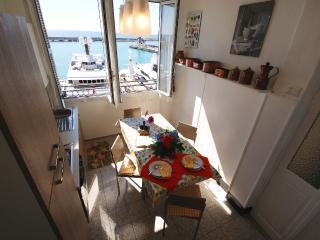 SUPER SEA VIEW APARTMENT - Imperia vacation rentals