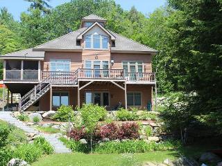Beautiful Waterfront Vacation Home on Lake Winnipesaukee (MAC20W) - Meredith vacation rentals