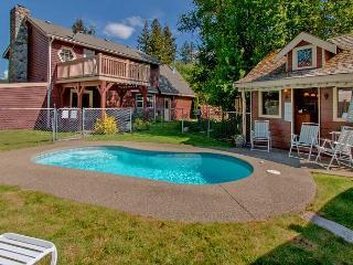 Private Pool!  Elk Meadows Lodge! *Summer Specials* Slps 12 - Cle Elum vacation rentals
