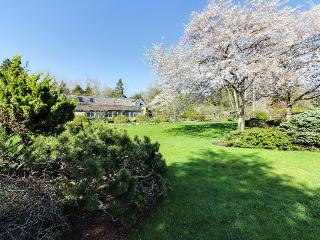 Cozy home with water views and landscaped gardens - West Tisbury vacation rentals