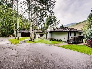 Golfers dream home with huge game room, up to 16 guests! - Vail vacation rentals