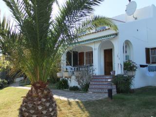 Semi Detached Villa , Communal Pool and Sea Views - Alcossebre vacation rentals
