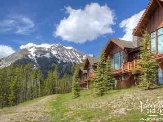Spacious Luxury: Year-Round Outdoor Fun, Ski-In/Out, Hot Tub & Private Deck - Big Sky vacation rentals
