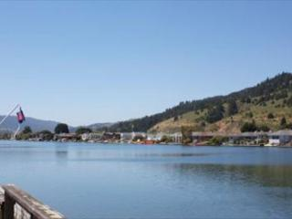 Lagoon home less than a half mile from the beach. - Stinson Beach vacation rentals