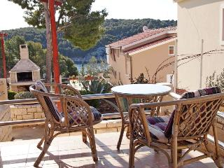 Apartments Franćeska - 42981-A2 - Milna vacation rentals