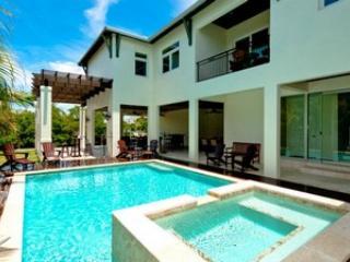Casa Bonita-230 Oak Avenue - Anna Maria vacation rentals