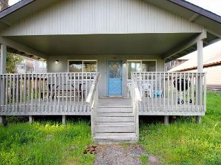 CABIN AT THE BEACH in Manzanita OR - Manzanita vacation rentals