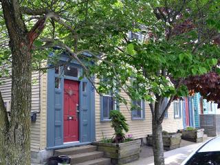 Charming & Trendy Central North-End Halifax - Halifax vacation rentals
