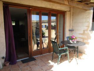 Peyrecout - Les Soulières 1bedroom 2people - Cordes-sur-Ciel vacation rentals