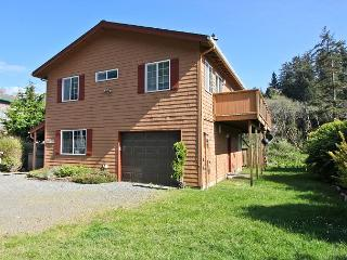 ELK CREEK in NeahKahNie neighborhood of Manzanita OR - Manzanita vacation rentals