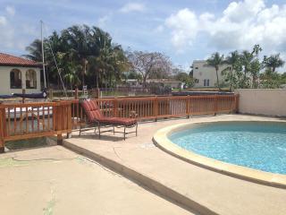 3 BR Waterfront Villa with pool (sleeps 8) - Miami Beach vacation rentals