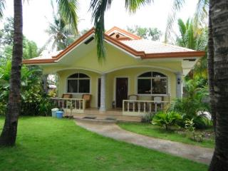 Oceanside30 apartments - Zamboanguita vacation rentals