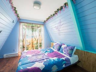 Hawaiian Style 2-Story Villa Near Beach, Downtown - Ocean Shores vacation rentals