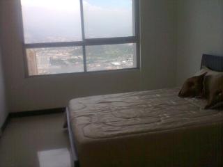 Arriendo Lindo Penthouse Economico Medellin  El Poblado - 181141 - Medellin vacation rentals
