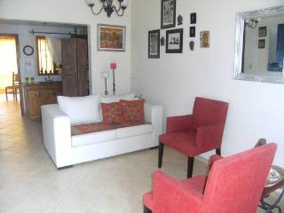 Oferton  Febrero $900 P-D Casa Amplia ..Disponible 16-2- - 189814 - Villa Carlos Paz vacation rentals