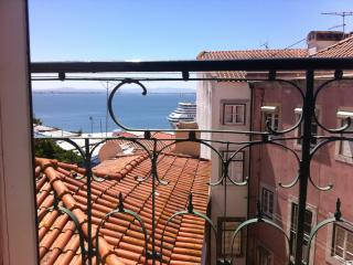 Lisbon Riverside View - Alfama - Lisbon vacation rentals