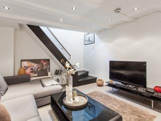 Trendy townhouse in city center - Oslo vacation rentals