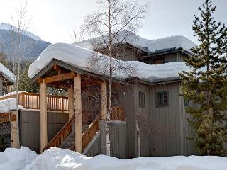 Taluswood The Ridge #14   Whistler Platinum   Ski-In/Ski-Out, Private Hot Tub - Whistler vacation rentals