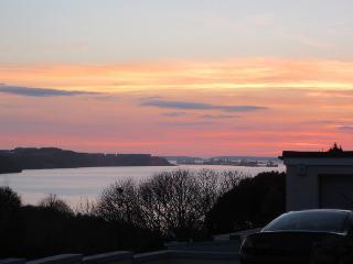 Baradwys Coastal retreat - Pembroke Dock vacation rentals