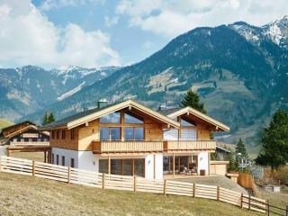 New LUXURY Chalet Apartment with STUNNING views - Bad Hofgastein vacation rentals