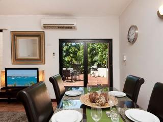 Fannie Bay Beachside +FREE CAR - Darwin vacation rentals