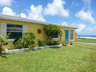 Breezeway Beach House. Winter Now Open! Pet Ok - Ormond Beach vacation rentals
