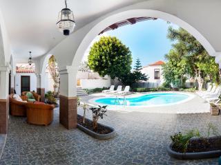Villa 9 bedrooms,Las Americas - Playa de las Americas vacation rentals