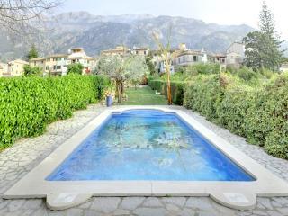Casa Ca'n Garrova - Soller vacation rentals