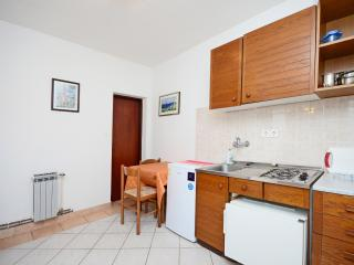 Apartments Ivanka - 68461-A3 - Krk vacation rentals