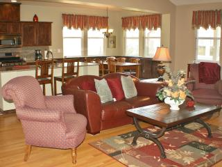 Three Bedroom Cottage in Award Winning Golf Course - Angels Camp vacation rentals