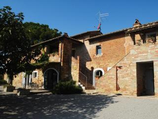 Rose - Castiglione Del Lago vacation rentals