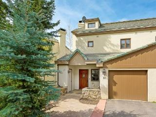 Fantastic 3BR Meadows Townhome in Beaver Creek Village, 150 Yards to Ski Access - Beaver Creek vacation rentals