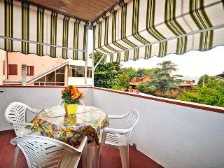Grazioso bilocale con terrazzo comodo al mare - Lido delle Nazioni vacation rentals