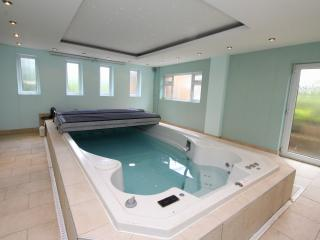 Nottingham luxury home with indoor pool sleeps 12 - West Bridgford vacation rentals