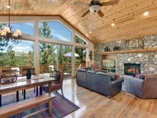 Indoor heated pool and more!! Splendid View Lodge. - South Lake Tahoe vacation rentals