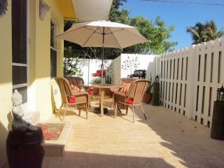 Secret in Fort Lauderdale/Wilton Manors - Fort Lauderdale vacation rentals
