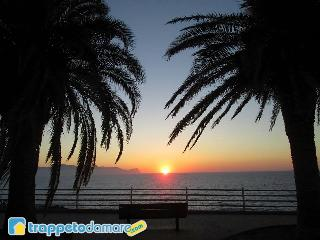 Amazing house directly on the seafront - Trappeto vacation rentals